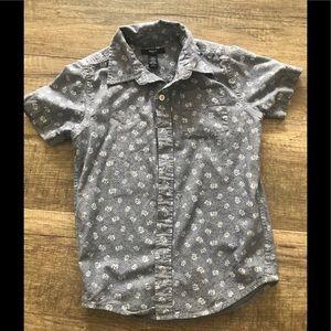 Boy size 6-7 short sleeve